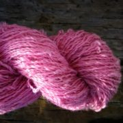 Longwool Blend Candyfloss II naturally dyed with cochineal