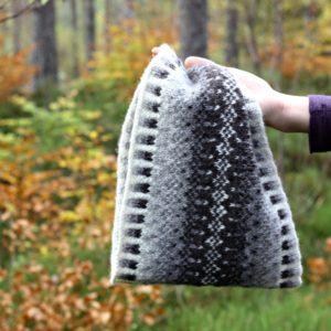 black isle yarns cowl in gotland yarn