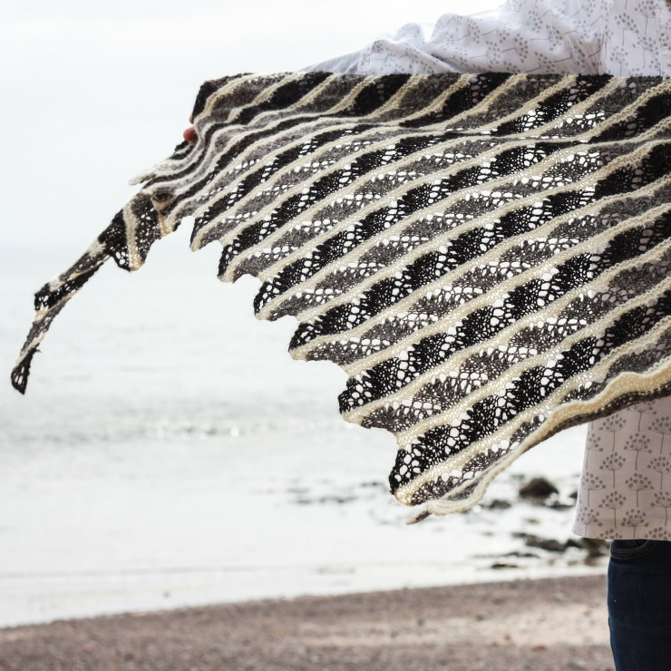 Eathie Shawl - simple lace knitting