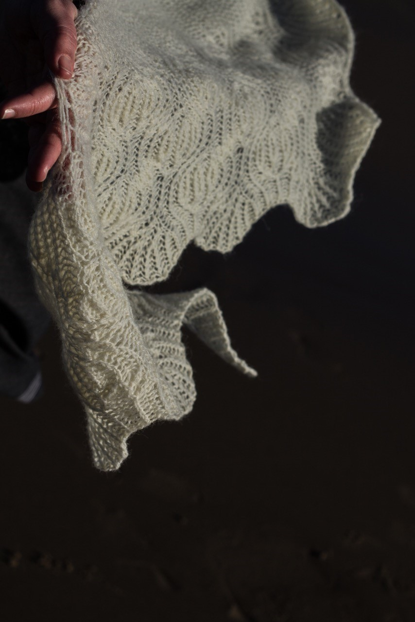 erradale shawl by Emily Williams in natural coulmore black isle yarns
