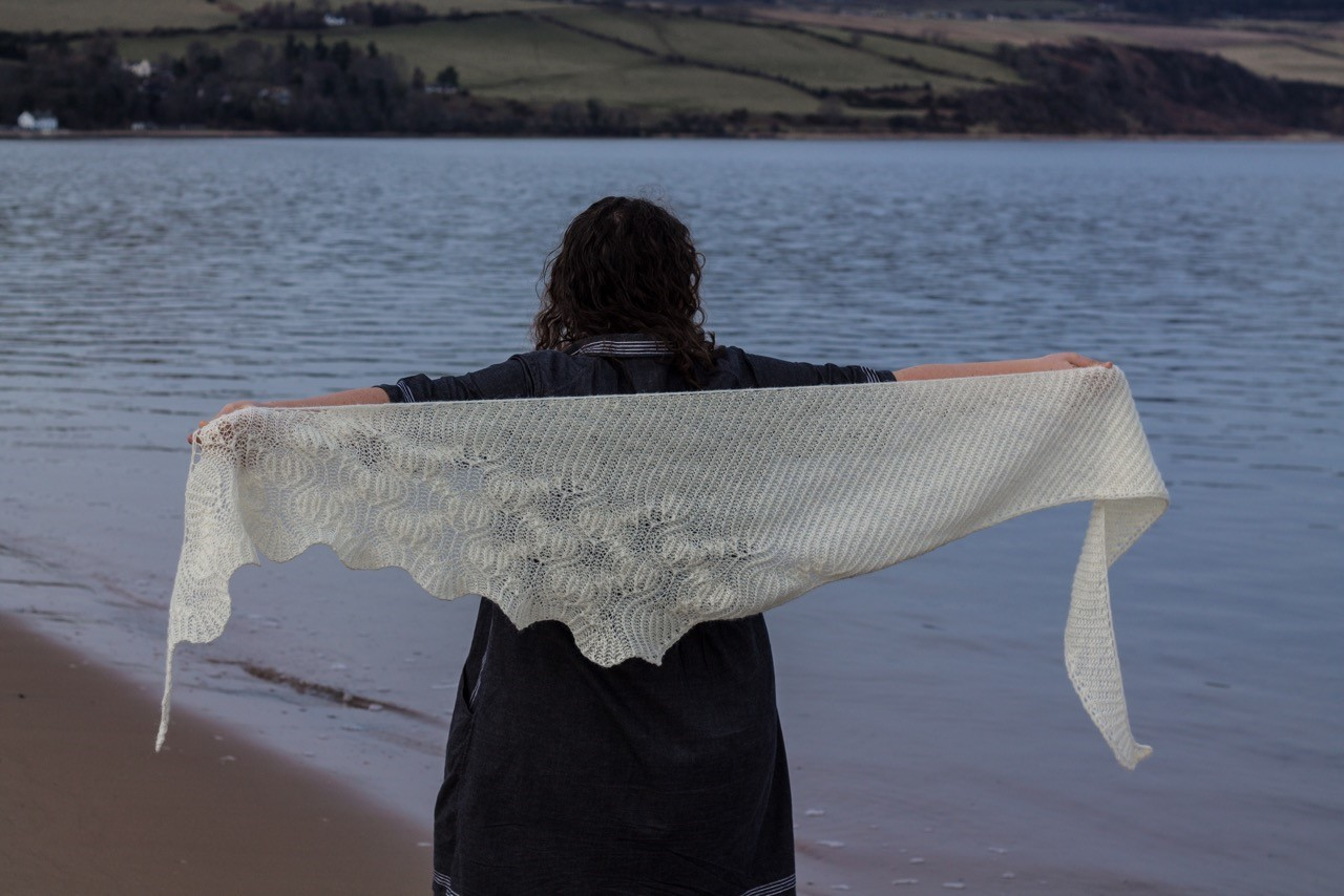 erradale shawl undyed coulmore 4 ply