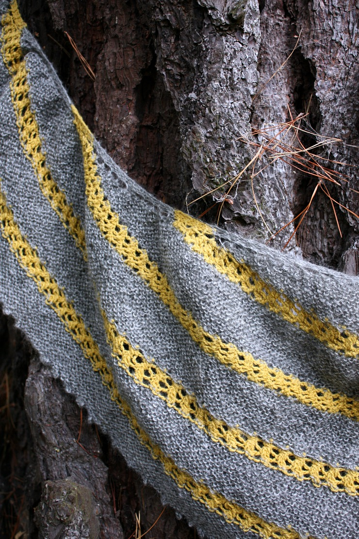 grellow-tansy-yellow-and-undyed-grey